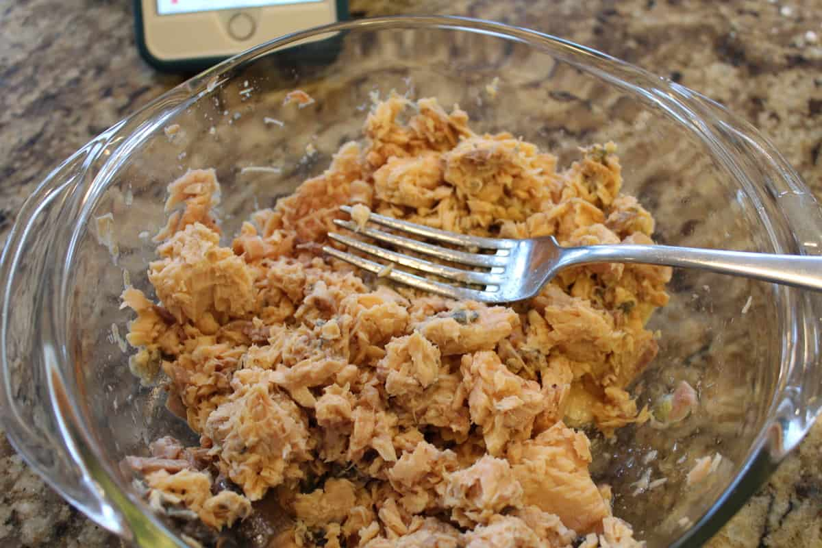 Air Fryer Salmon Patties mash the canned salmon