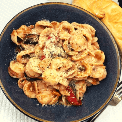 Air Fryer, Creamy Tomato Pasta With Roasted Mushrooms, and Peppers