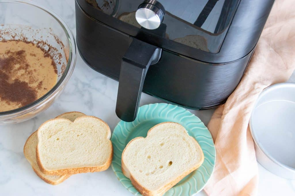 Air Fryer Cinnamon French Toast Bread and Air Fryer Basket
