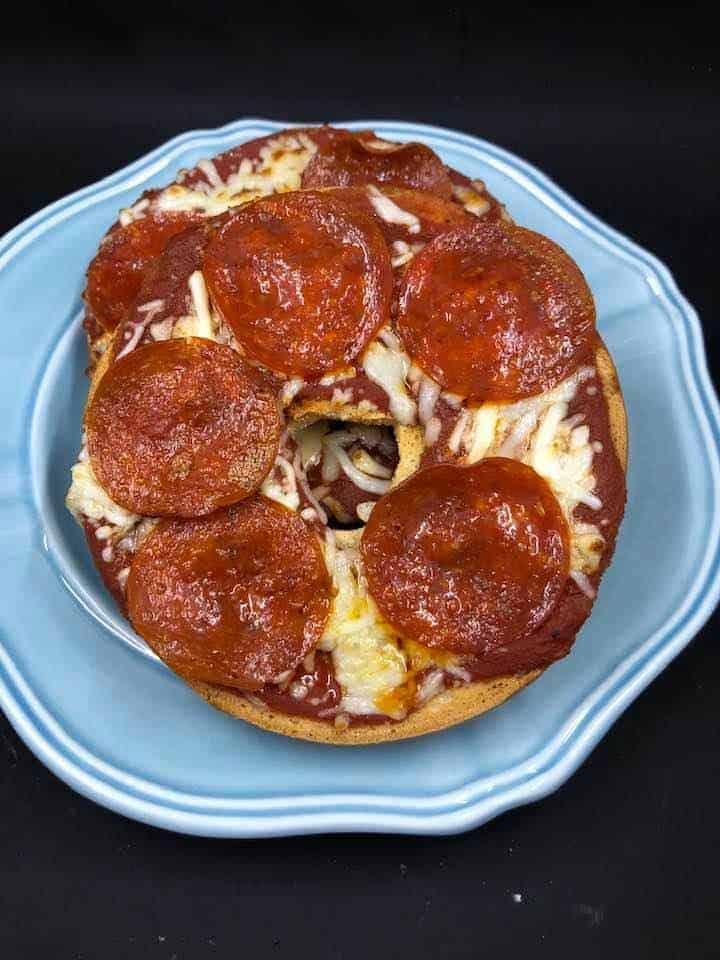 Air Fryer Pizza Bagel