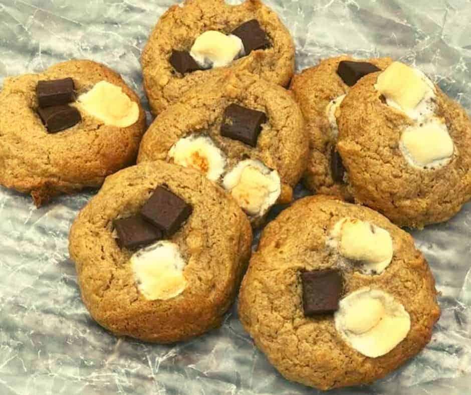 Air Fryer Peanut Butter Chocolate Chunk Cookies