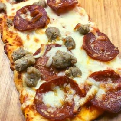 Air Fryer Pepperoni and Sausage Flatbread Pizza