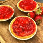 Air Fryer Strawberry Pie