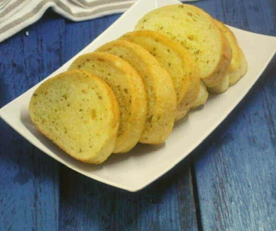 Air Fryer Frozen Texas Toast Garlic Bread