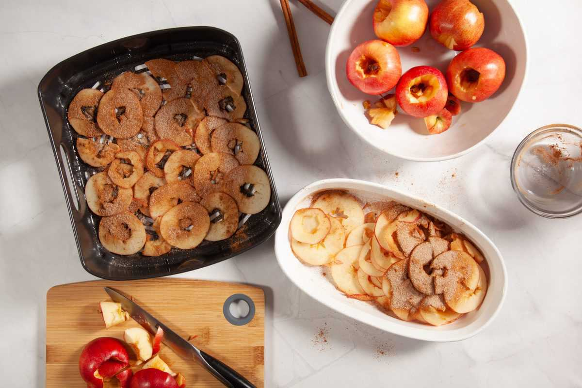 Brush Ground Cinnamon and Sugar over the apples