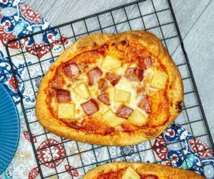 Pineapple nad Ham Flat Bread