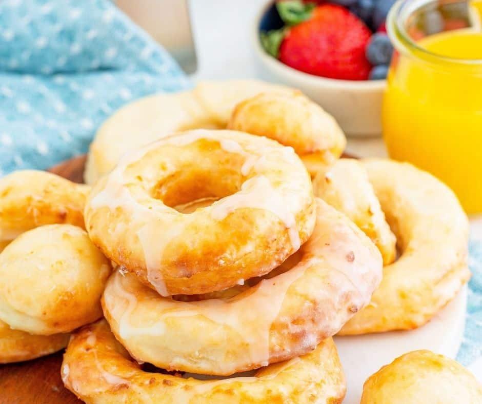 Air Fryer Copycat Krispy Kreme Donuts