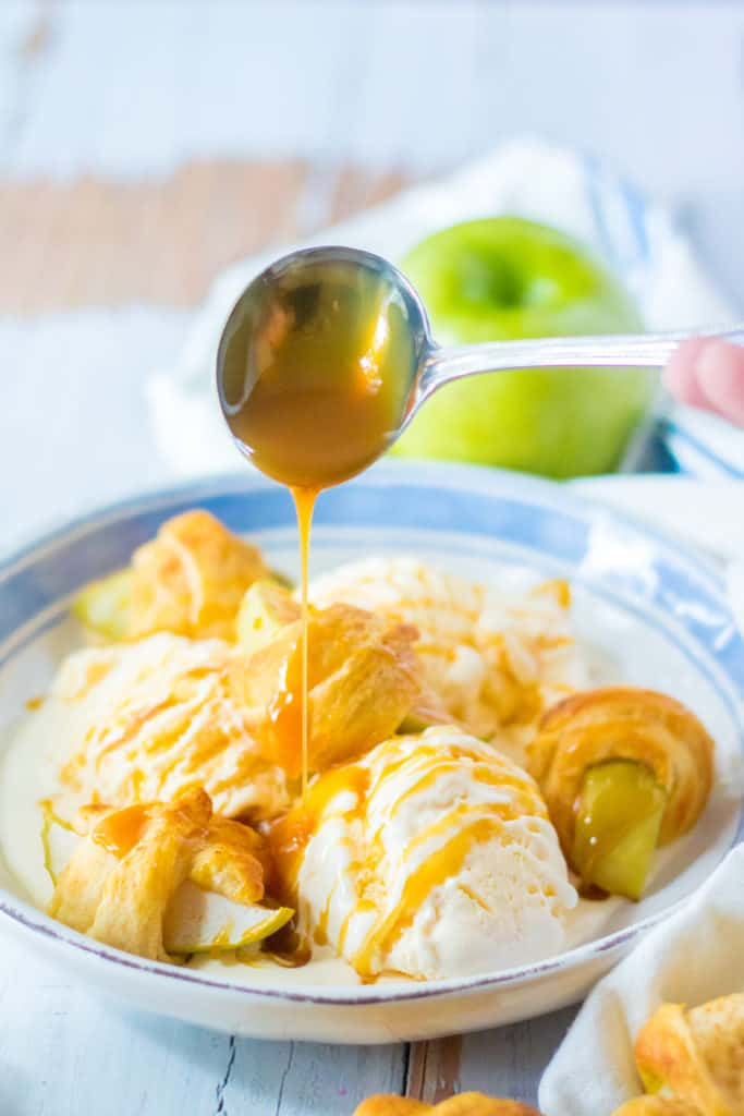 Air Fryer Apple Pie Crescent Rolls