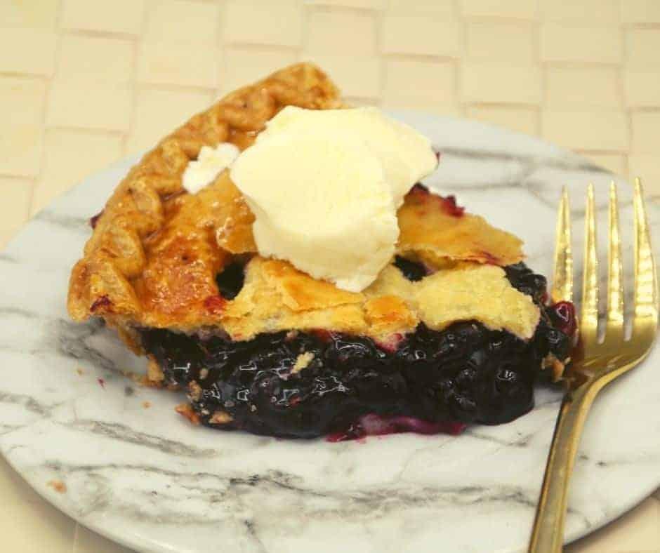 Air Fryer Blueberry Pie