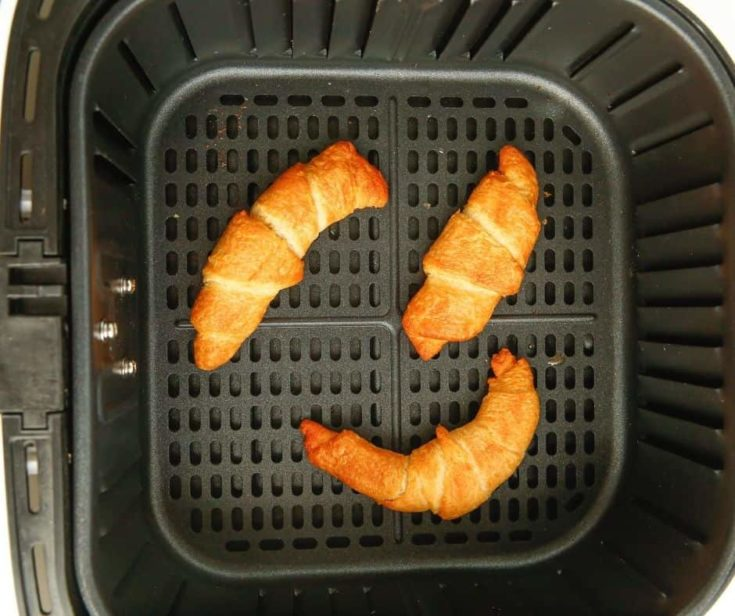 AIR FRYER CANNED CRESCENT ROLLS