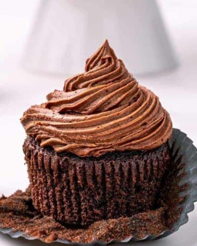 Air Fryer Chocolate Cupcakes