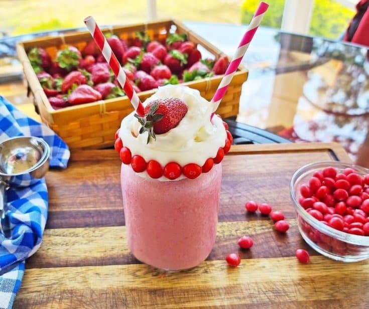 Skittles Strawberry Milkshake