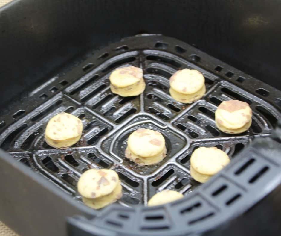 Air Fryer Cinnamon Roll Bites