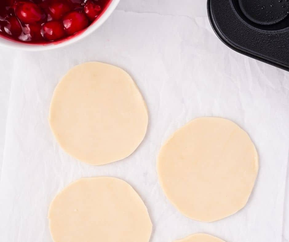 Cut Out Circles Out of Pie Dough