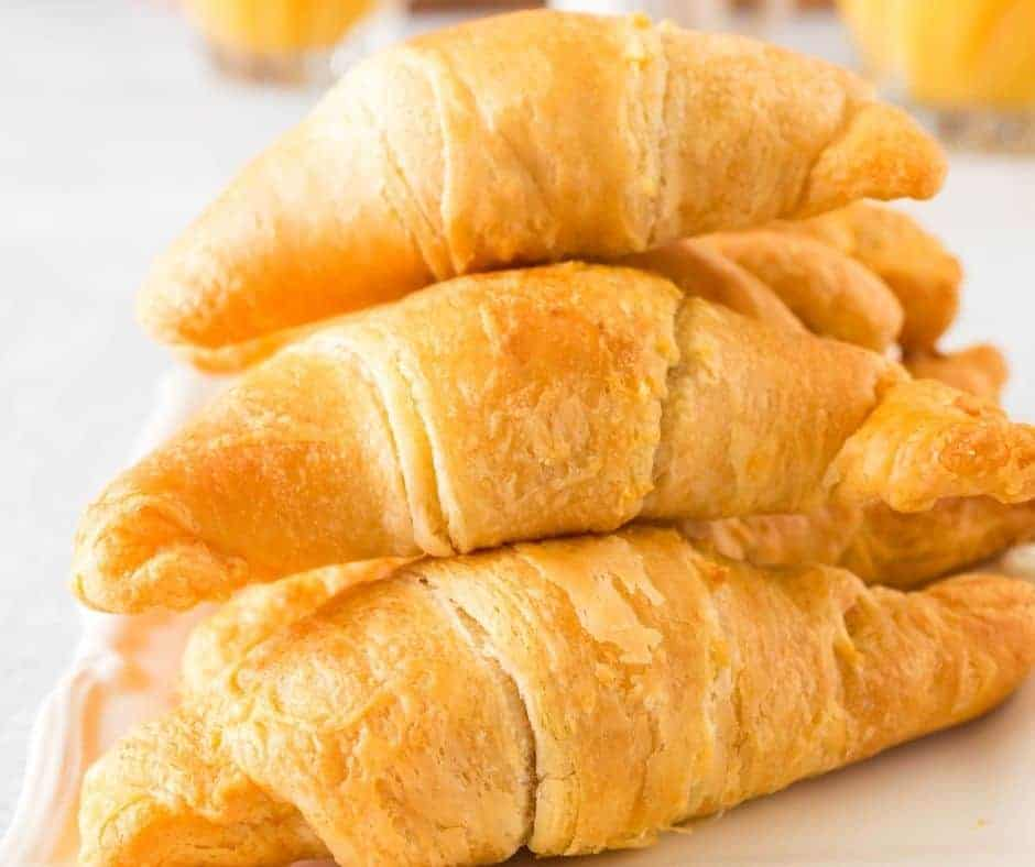 Air Fryer Cheese Stuffed Crescents Rolls