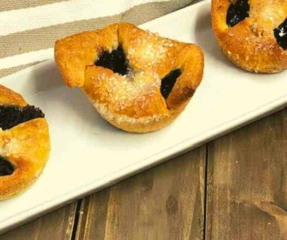 Air Fryer Blueberry Pastry