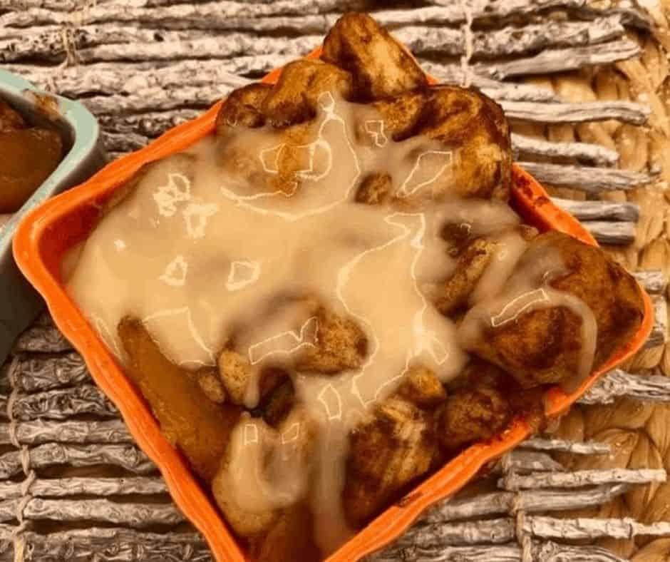 Air Fryer Cinnamon Roll Apple Cobbler