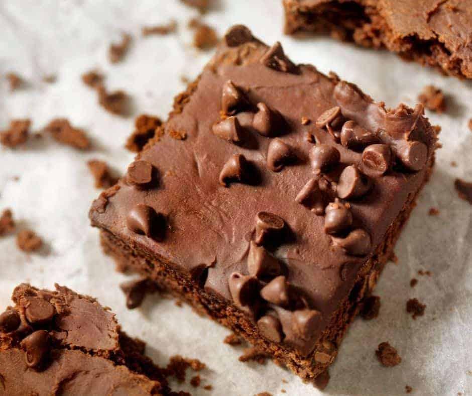 Air Fryer Chocolate Chip Brownies