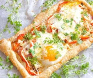 Air Fryer Bacon and Egg Crescent Squares