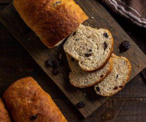 Air Fryer Cinnamon Raisin Bread
