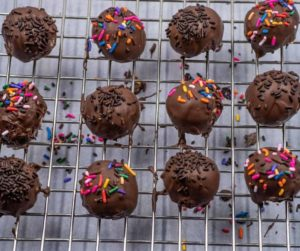 Air Fryer Chocolate Donut Holes