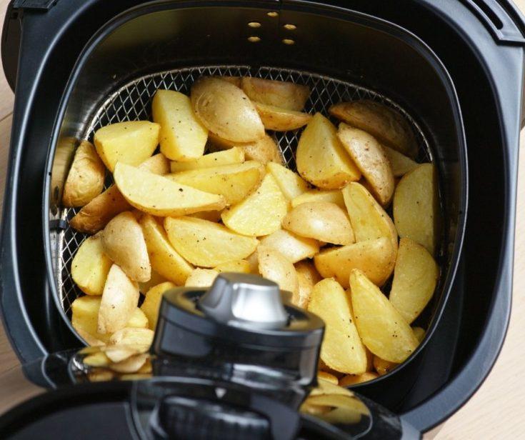 Air Fryer Parmesan Crusted Potatoes