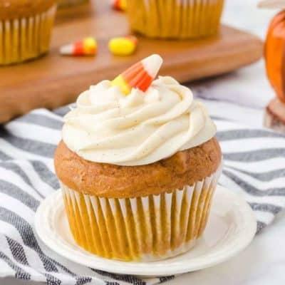 Air Fryer Pumpkin Spice Cupcakes