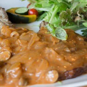 Instant Pot Pork Chops in Mushroom Gravy