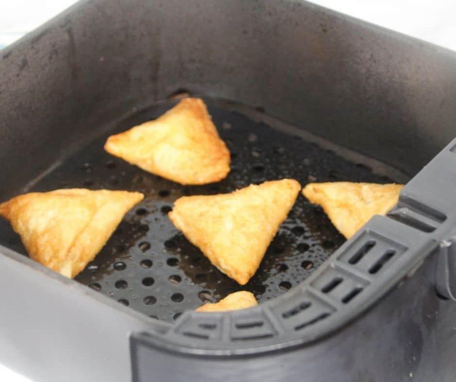 Air-Fryer-Frozen-Samosa